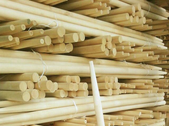 Косовище деревянное ф40x1800 (высший сорт ) (ЛИДЕР)